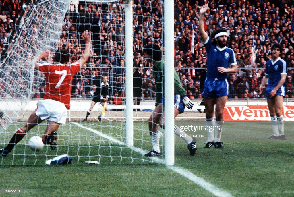 robbo-83-in-net.jpg